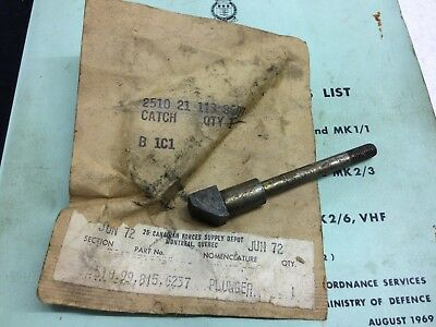 Daimler Ferret - Hull Hatches Locking Plunger / Pin. Drivers Hatch And Others X1