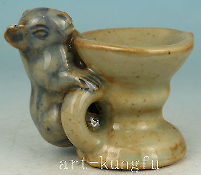Fine Chinese Porcelain Collection Handmade Carved mouse Statue Oil Lamp
