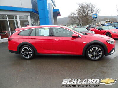 2018 Buick Regal Essence All Wheel Drive only 10000 Miles Adaptive Cruise  Navigation  Sunroof  Sport Red color ( not Subaru or Volvo)