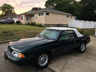 1990 Ford Mustang  1990 Ford Mustang LX 5.0 convertible 7up edition 6200 miles completely original