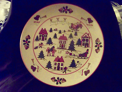 """Jamestown THE JOY OF CHRISTMAS  Footed Cake Plate  10 1/4""""  off white  EUC"""