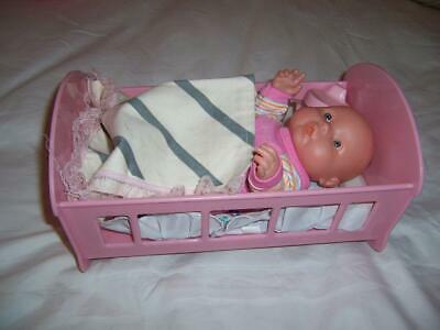 Vinyl Small Baby Doll In Pink Plastic Cradle Mamma Dadda Voice Lot Doll Items
