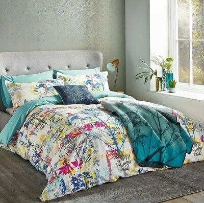 """CLARISSA HULSE """"BACKING CLOTH""""  King size Duvet And Two Pillowcases Multi Bright"""
