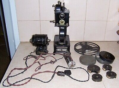 """1920s Vintage Pathe """"BABY PATHE"""" Movie PROJECTOR & Accessories."""