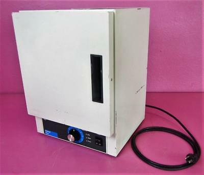 Isotemp 506G Gravity Convection 1.7cu/ft Slide Drying Lab Oven Sterilizer 210C