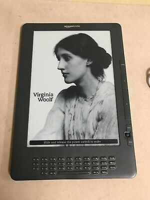 Amazon Kindle DX (2nd Generation) 4GB, 3G (Unlocked), 9.7in - Graphite