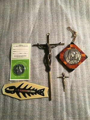 Lot of 5 Religious Items 2 Crosses,St. Jude Medallion,St. Labre *