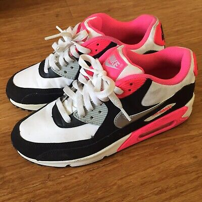 check out 72774 f3281 Womens Nike AIR MAX 90 Running Shoes