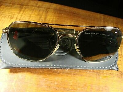 9e9cf0fbf9 American Optical AO Original Pilot 52  20-140 Gold Aviator Sunglasses  Pristine