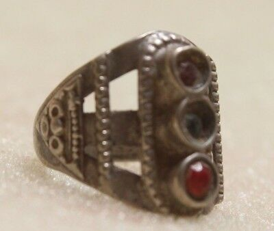 Old Vintage Hand Crafted Tribal Silver Women / Lady Rings Collectible G 76