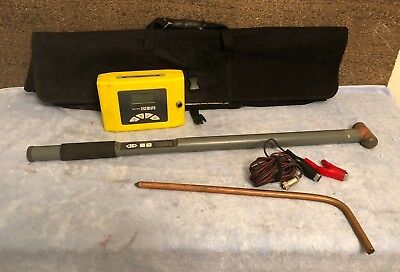 Rycom The Stick 8 KHz/82kHz and 8869 Transmitter Cable And Pipe Locator