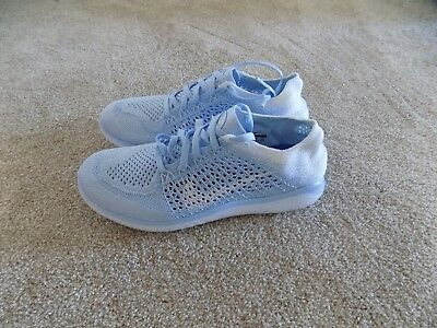 outlet store acc13 cc195 NEW WOMENS 7 8 8.5 9 Nike Free Rn Flyknit 2018 Running Shoes White Blue  942839