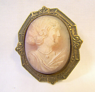 Antique Victorian Carved Pink Shell Detailed Cameo Pin Brooch