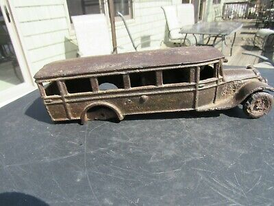 VINTAGE ORIGINAL 1920's - 30's ARCADE MARKED CAST IRON BUS 9 1/2'' LONG AS IS