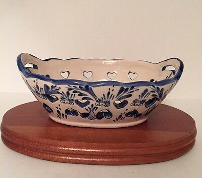 "Vintage Delft Blue & White Dish With Wooden Stand Heart Cut Outs 6""x3.5"""