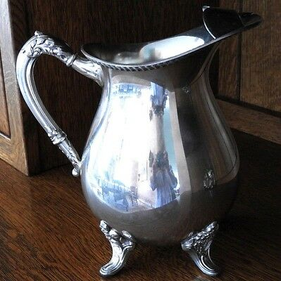 VINTAGE SILVER PLATED PITCHER WITH ICE GUARD EPC BRISTOL 44A Electro Copper