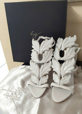 da1eb61a59103 100% Auth Giuseppe Zanotti Cruel Summer Grey Wing Heel -35 BRAND NEW UNUSED!