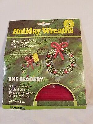 The Beadery Christmas Holiday Wreath Bead Craft Kit Makes 12 Wreaths Vintage