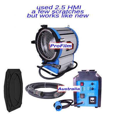 Pro HMI 2500W 220~250V Fresnel Light Daylight 2.5/4KW Ballast + Cables