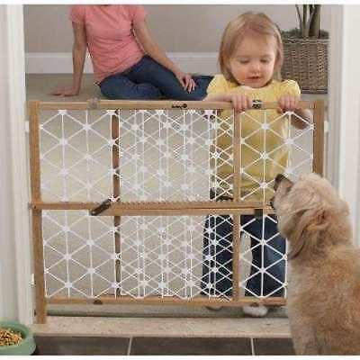 "NEW IN BOX Safety 1st 23-inch Wood Security Gate Baby Dog Expands 28-41"" wide"