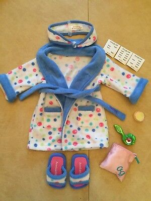 AMERICAN GIRL 2004 BUBBLE BATHROBE with SLIPPERS and TOTE BAG - RETIRED IN 2006!