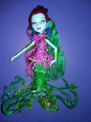 Monster High Great Scarrier Reef Posea Complete Doll w/ Outfit