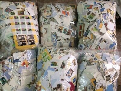4.5 kg Australia Kiloware Used stamps On Paper - great For Beginners