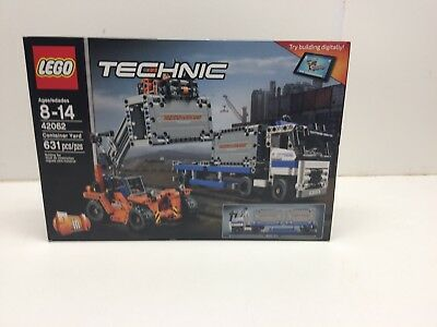 New LEGO Technic 42062 Container Yard