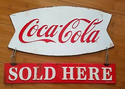 COKE COCA COLA HANGING RETRO STYLE DISPLAY soda pop bottle cap red white cinema