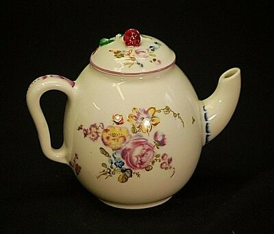 Mennecy Miniature Tea Pot Victoria & Albert Museum 1985 Franklin Mint Porcelain