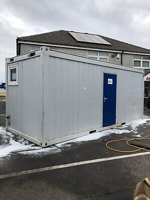 Gents Toilet Block Heated 3 X Cubicles 3 X Sinks 3 X Urinals 20'x 8'foot