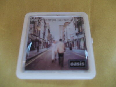 oasis whats the story morning glory   ALBUM COVER    BADGE PIN
