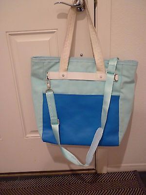 LULULEMON ATHLETICA oasis tote beach blanket blue striped wet bag get zen'd