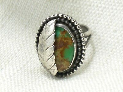 Estate Sterling Silver Beautiful Turquoise Leaves Ring  Caviar Bead Border