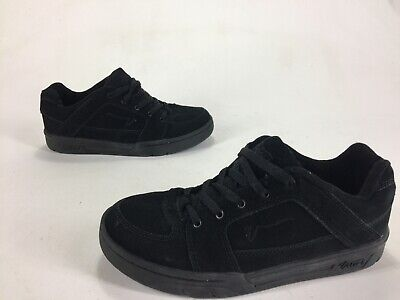 ea5bf95282 Womens VANS Hudson 2 Suede Leather Skateboarding Shoes Black Out Size 9.5