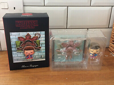 Stranger Things Eleven vs Demogorgon Lootcrate