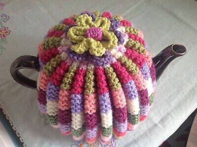 HAND KNITTED TEA COSY - 'SWEET PEA' Vintage, Granny Style