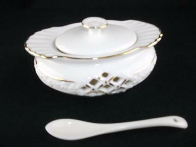 Sugar / sauce lided dish / bowl with spoon from Regal Range of Bone China, NEW