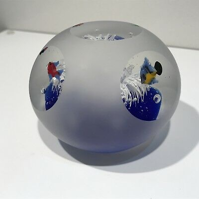 Glass Paperweight Fishes In Aquarium Ocean
