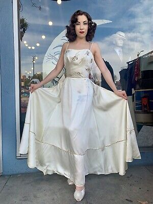 Vintage 1940s Rare White & Gold Beaded Satin Evening Bridal Prom Dress Sz Small