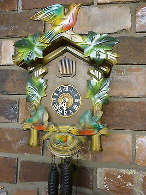 Cuckoo Clock With 2 Moving Parents Feeding Chick in Nest