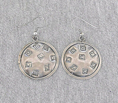 Vintage modernist silver sterling 925 earrings. HAND CRAFTED