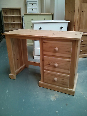 Pine Warehouse Aylesbury Single Pedistal Dressing Table Olde Antique Wax