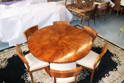 Exceptional Walnut  Biedermeier table and chairs 1820-30