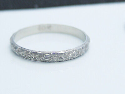 Beautiful Antique Art Deco era Solid 10K White Gold Emboss Baby Ring