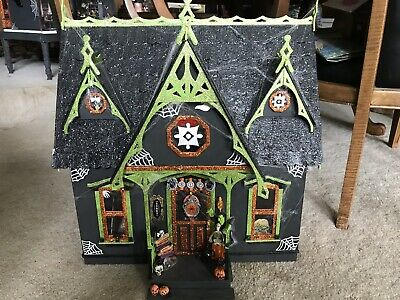 "Handmade Wood Haunted Halloween Dollhouse 21""x20""x10""w/furniture/Monsters $395"