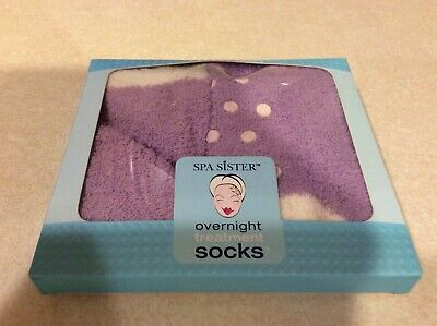 NEW NIB Spa Sister Softer Feet Overnight Moisture Treatment Socks Great Gift
