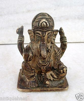 Indian Old Figure Hand Crafted Brass Vintage Hindu God Lord Ganesha Rare Statue