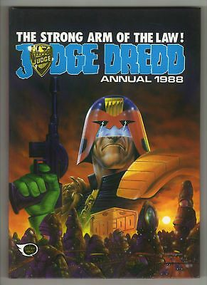 Judge Dredd Annual - 1988 - EXCELLENT!!