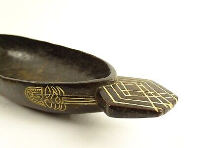 Excellent Tami Island Huon Gulf Oceanic Carved Wood Tribal Feast Bowl Papua New